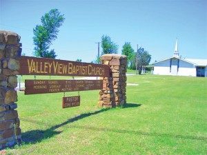 Tulsa, Valley View gives building