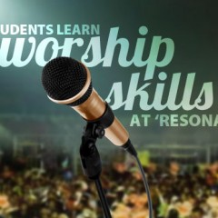 Students learn worship skills at 'Resonate'