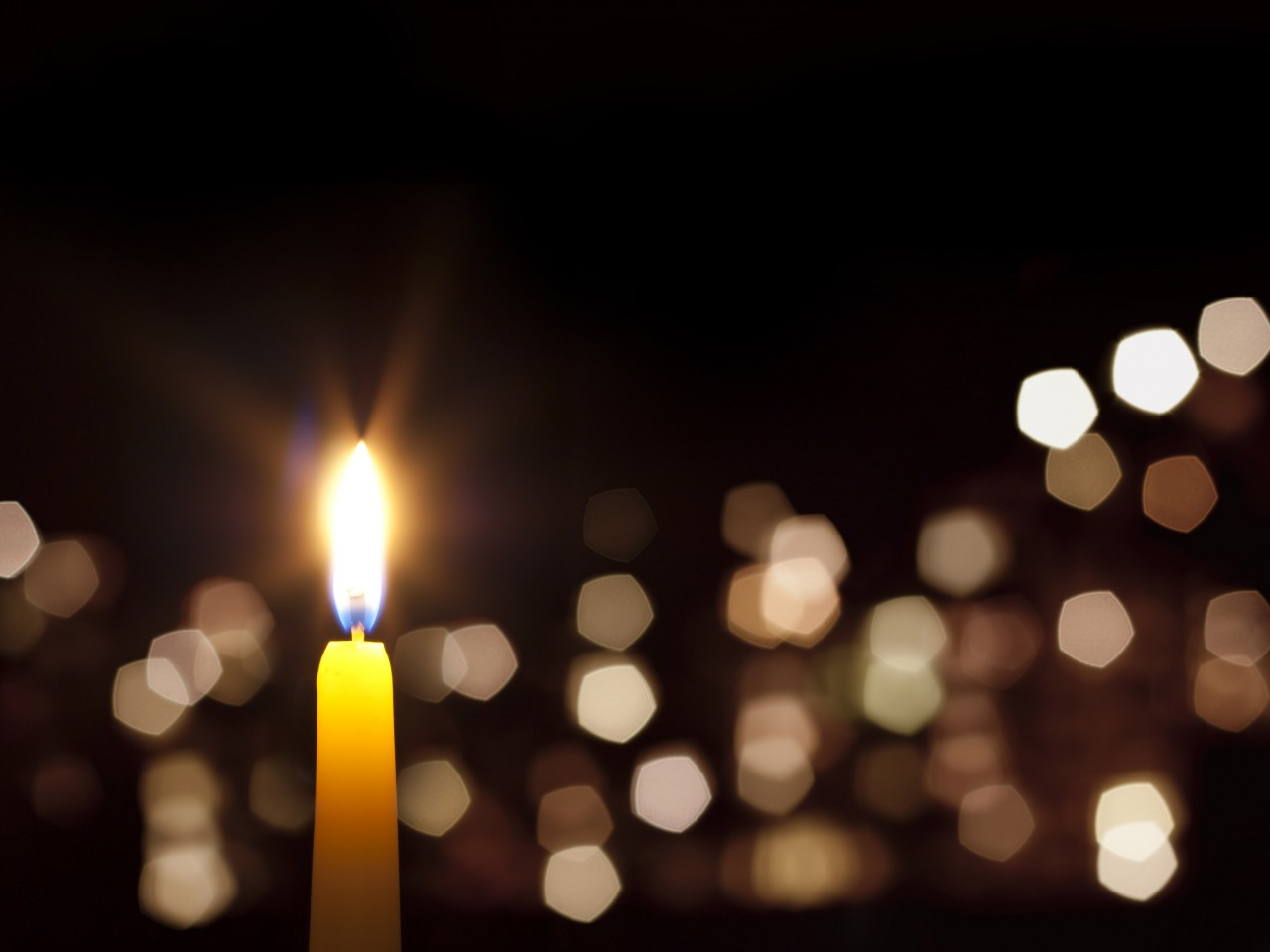 Bethany, Council Road offers art talents to candlelight service