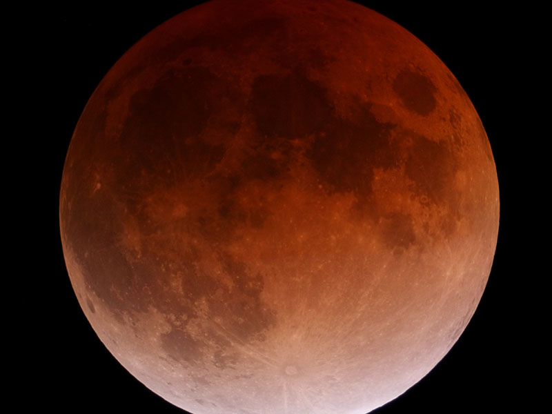 'Blood moon' lunar eclipses not a sign, Baptist professors say