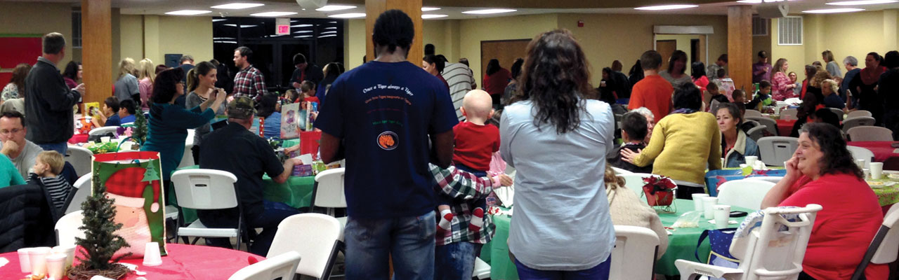 Ada, Trinity hosts 300 at foster family dinner