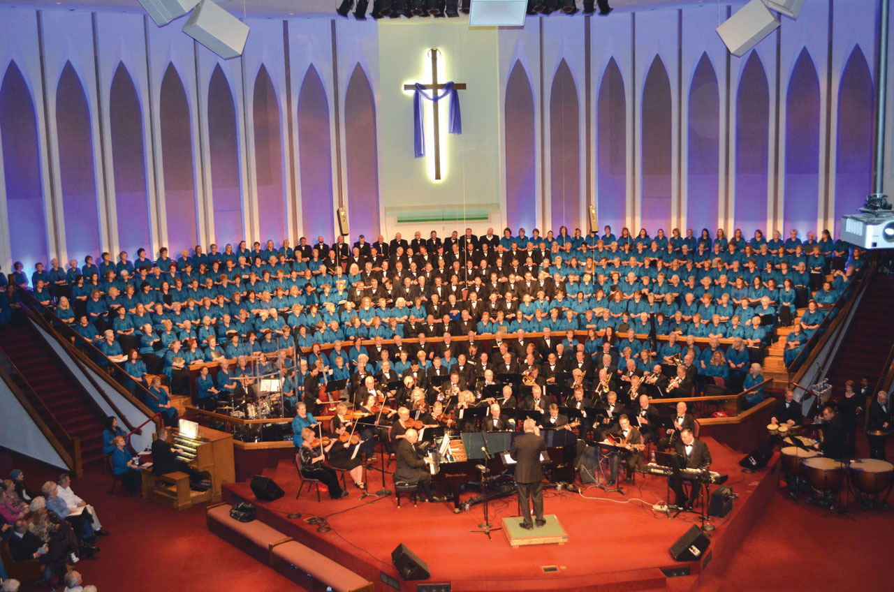 'Journey of Christmas' concert draws SRO crowd at Moore, First