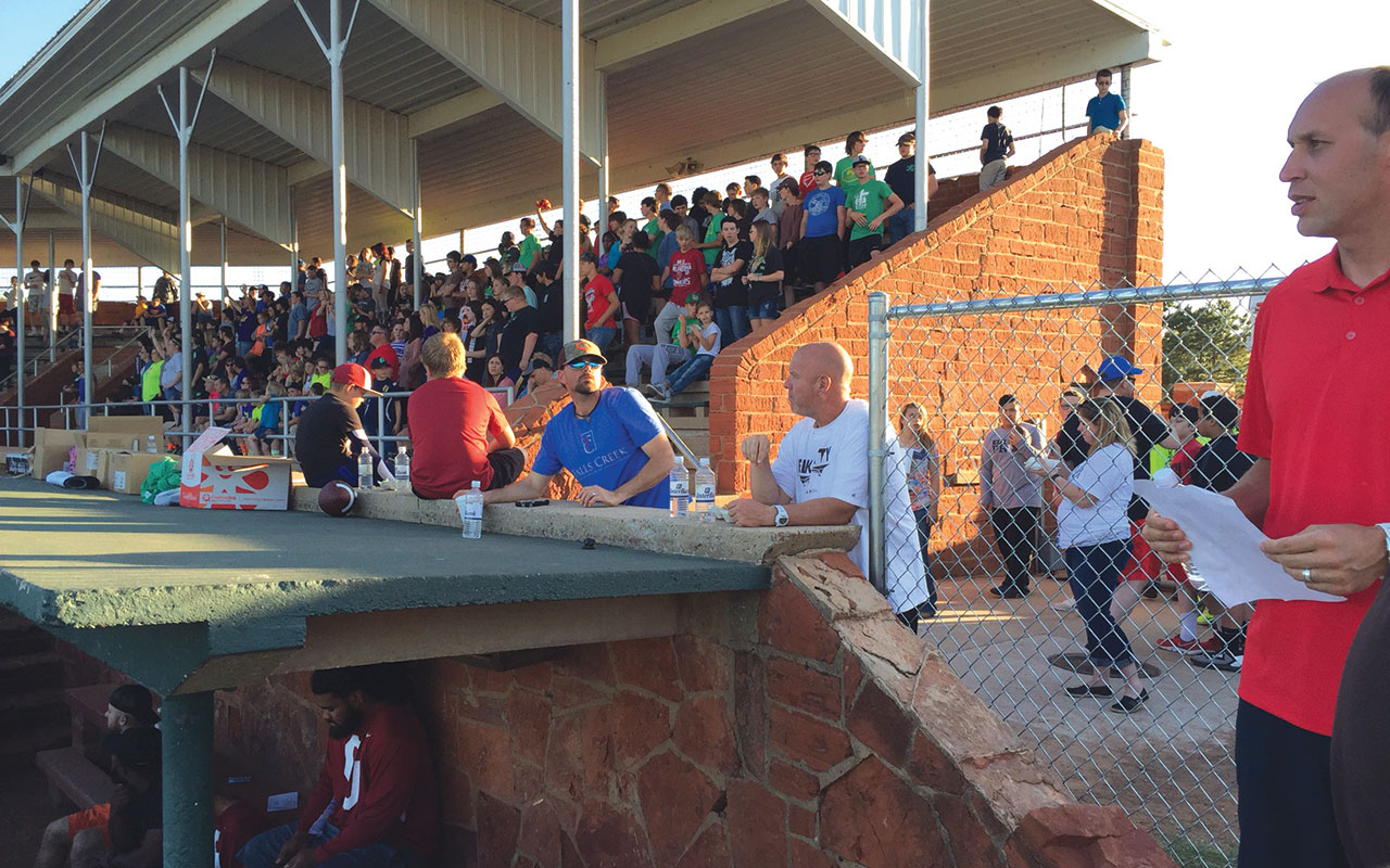 Elk City's Fields of Faith features OU & OSU football players