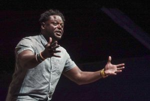 Pastor and former NFL linebacker Derwin Gray coached conference-goers on the work of an evangelist in uniting people across ethnic, class and generational boundaries at the 2016 SBC Pastors' Conference in St. Louis June 13. (Photo: Matt Miller)