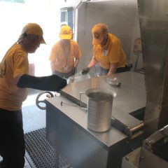 Oklahoma Baptists provide 10,000 meals in first days of preparing meals in Houston