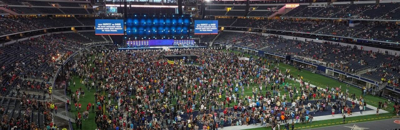 Crossover Dallas, Harvest America crusade proclaim Gospel