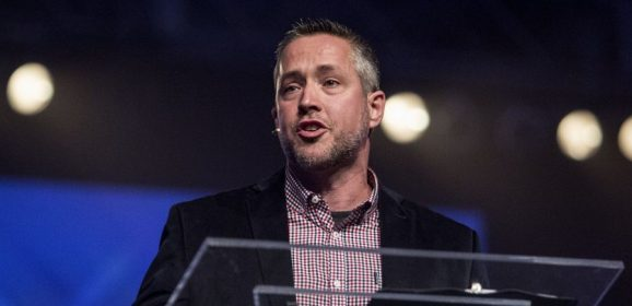 Greear's call to pray for SBC entities embraced