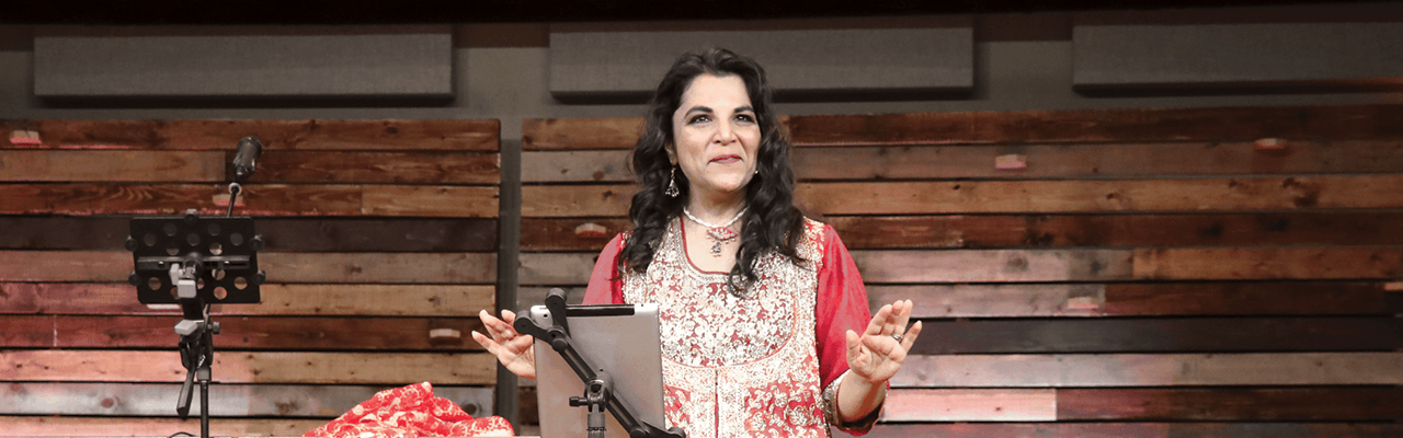 Messenger Insight 327 – From Isa to Christ: A Muslim Woman's Search for the Hand of God