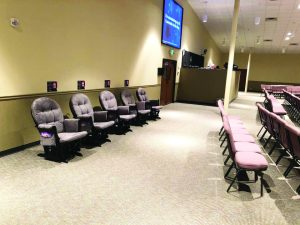 Rockers for young families at Skiatook, First encourage 'Let's sit together' movement - Baptist Messenger of Oklahoma