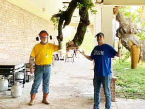 'The Mailman' Karl Malone aids tornado-battered chapel - Baptist Messenger of Oklahoma 1