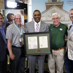 OBU presents Hobbs Award to Williams at SBC Annual Meeting