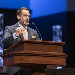 Avoid temptation to veer from Gospel preaching, Oklahoma Baptists' president exhorts