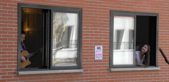 Open windows in Madrid allow missionaries to let praises ring