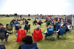 Del City, First Southern draws faithful for stadium service - Baptist Messenger of Oklahoma 1