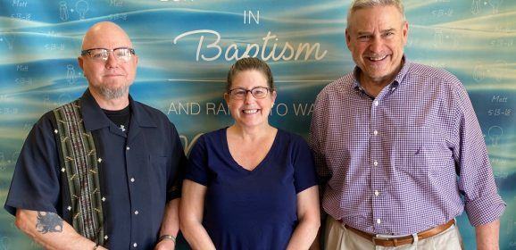 Jewish woman accepts Christ after watching livestreams during COVID-19, drives hour for baptism