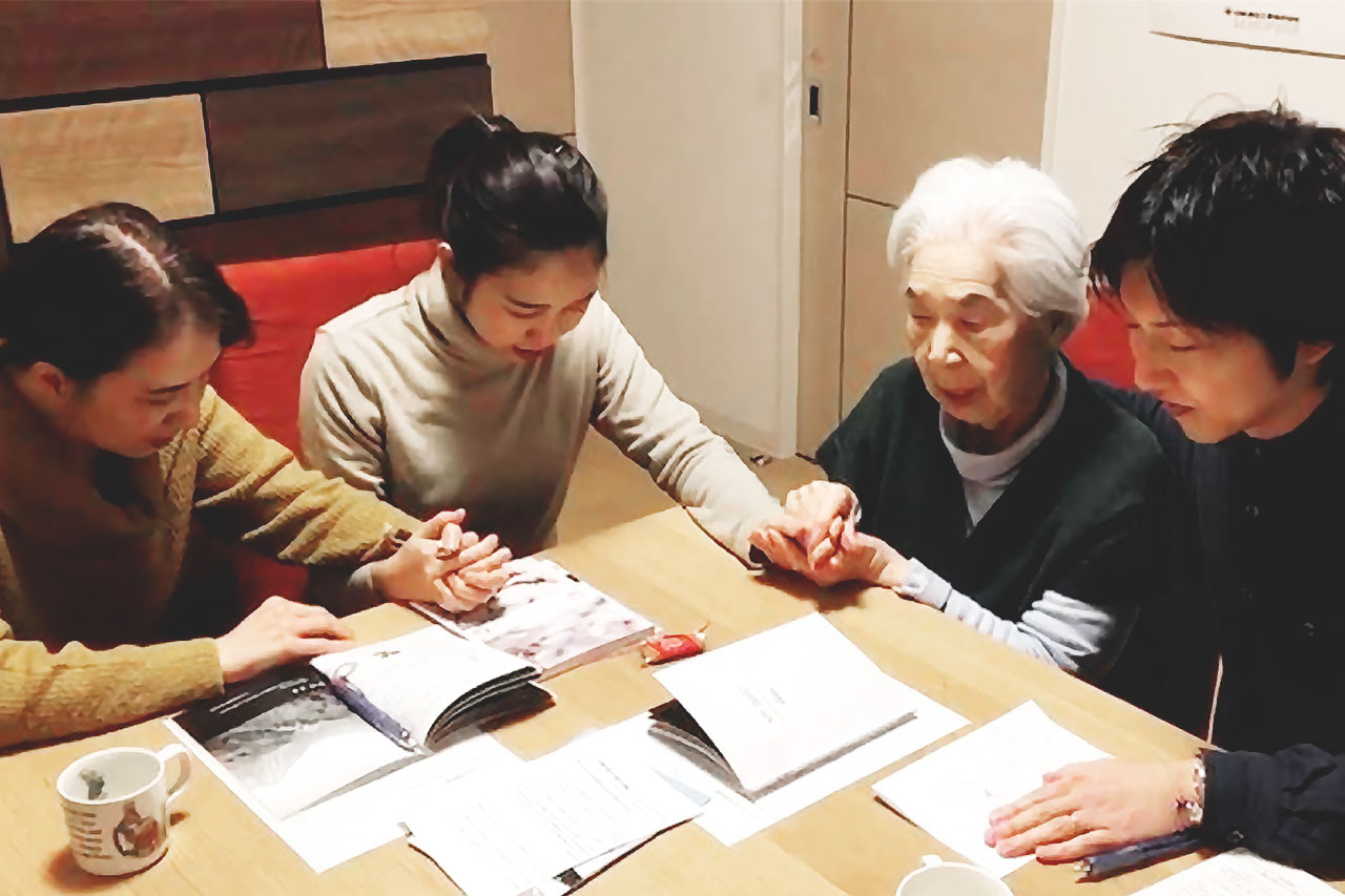 Japanese family comes to faith