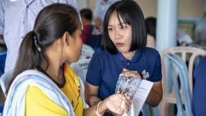 Mobile medical clinics treat physical and spiritual needs in Thailand - Baptist Messenger of Oklahoma